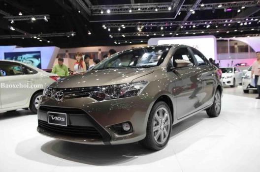 Toyota Vios 4-5 chổ